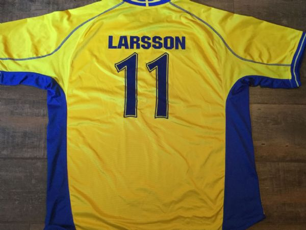2003 2004 Sweden Larsson Football Shirt Adults XXL 2XL